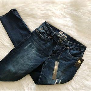NEW Kut From the Kloth Straight Boyfriend Jeans